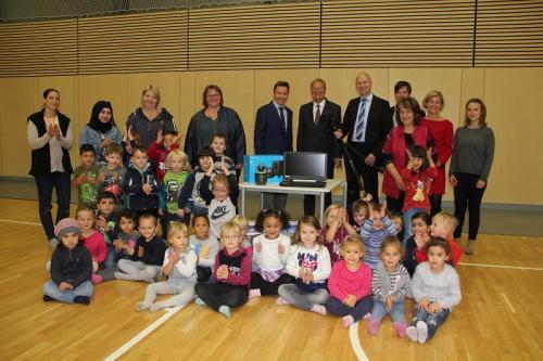 10.000 Euro für die Jugendförderung in der BasKIDhall