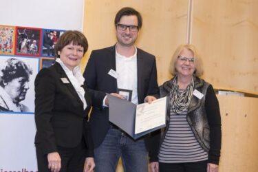 Innovative Sozialarbeit erhält Luise Kiesselbachpreis