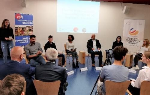 'Demokratie leben!' an der Realschule Hirschaid